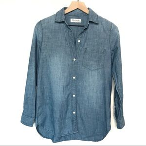 Madewell Chambray Blue Collared Button Down Shirt